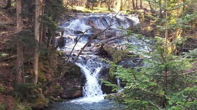 Wasserfall im Fludersbach beim Heuberg