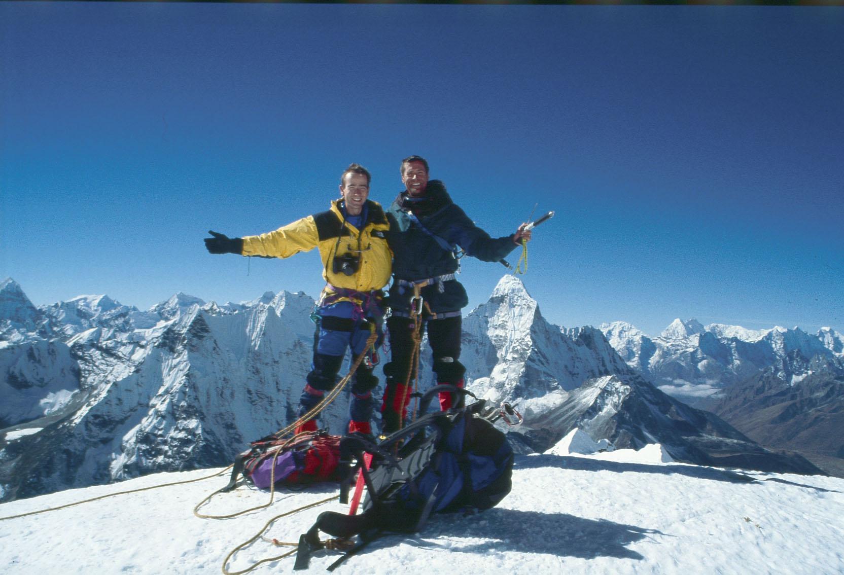 Gipfelglück am Island Peak im Himalaja